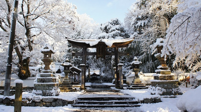 holidays-winter-in-japan-1
