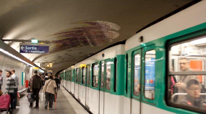 panduan naik metro di paris