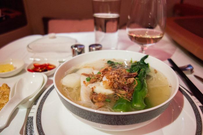 Main Course: Mie dengan Sup Ikan