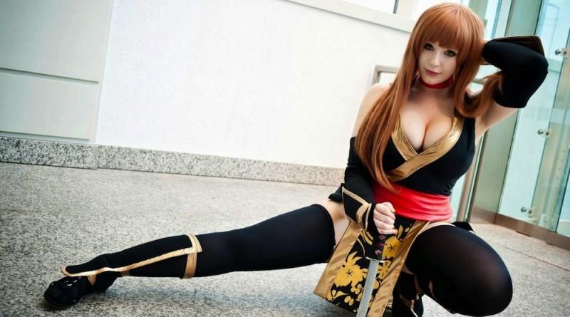 Kostum Anime Cosplay Paling Seksi Bomanta