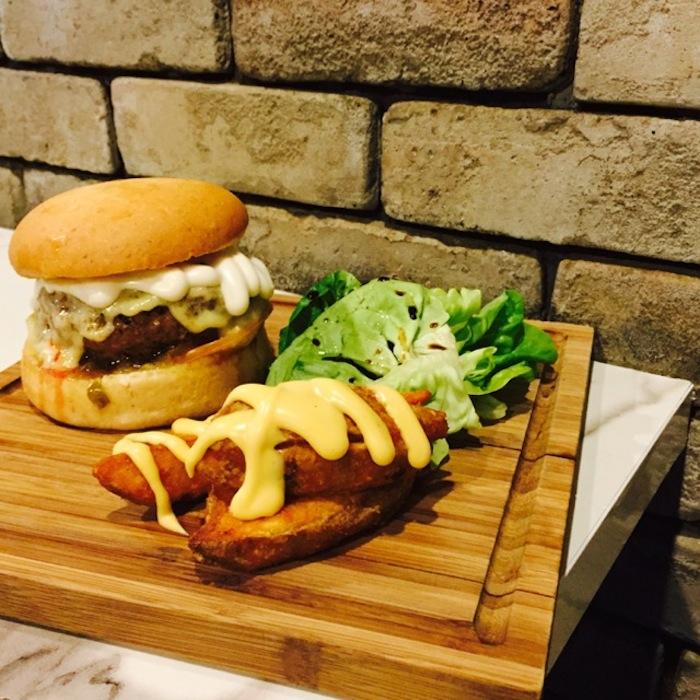 mendem burger singapore 3