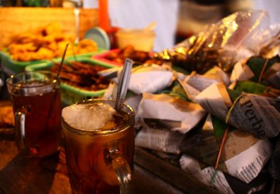 Feel the Real Yogyakarta by Sit and Eat on Angkringan