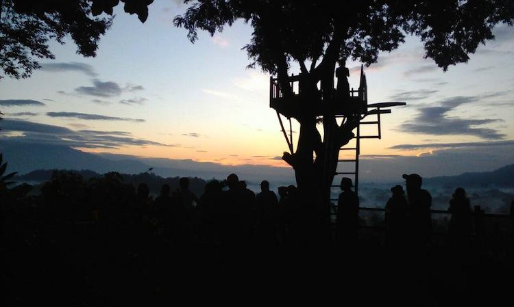 sunrise tour borobur