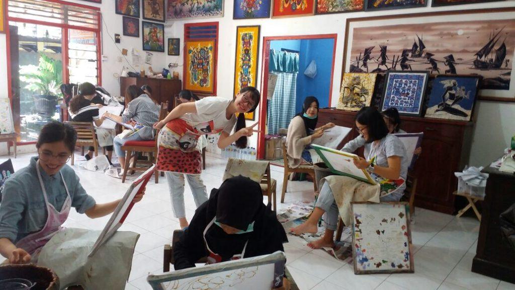 contact for batik course in yogyakarta