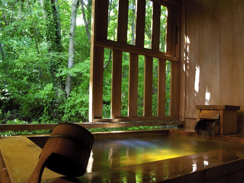 best luxury hotel in Hakone
