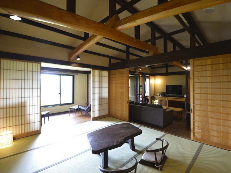 luxury hotel in Hakone